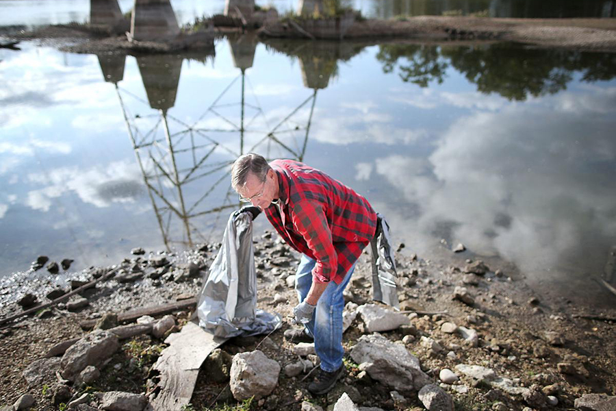 Rock River clean-up