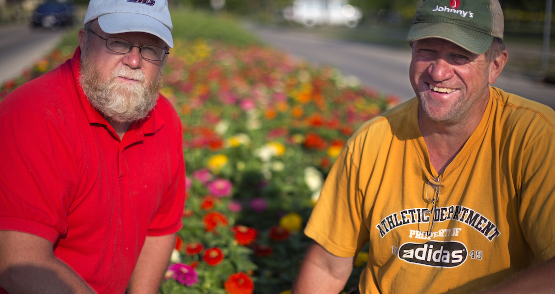 Landscaping Team wins Chancellor's Award