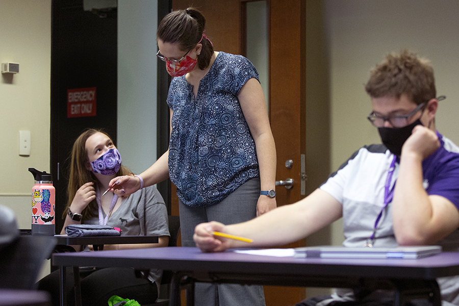 Students work with instructor Sara Athorp.