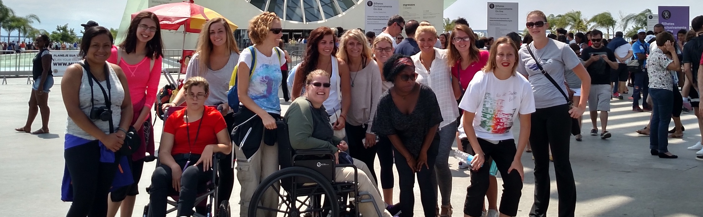 Image: Groups of traveling student of all abilities posing for a photo